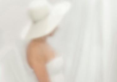 (17) Luz Cortés - Óleo de mujer con sombrero